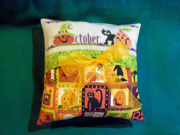 Halloween Pillow 1